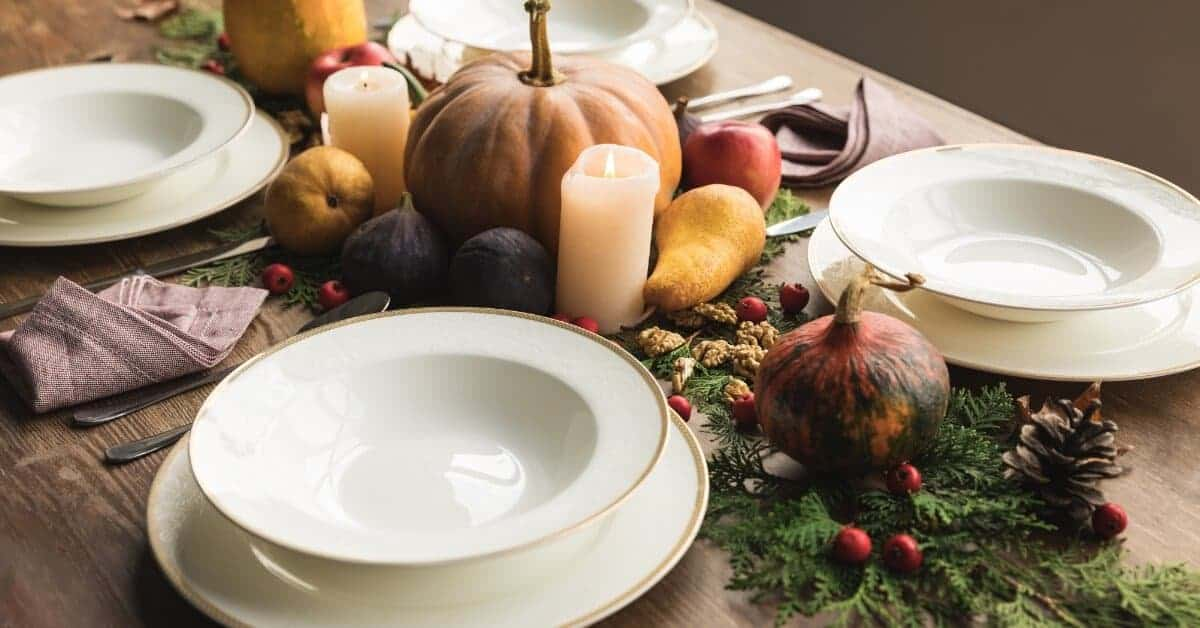 Decorating your Thanksgiving table