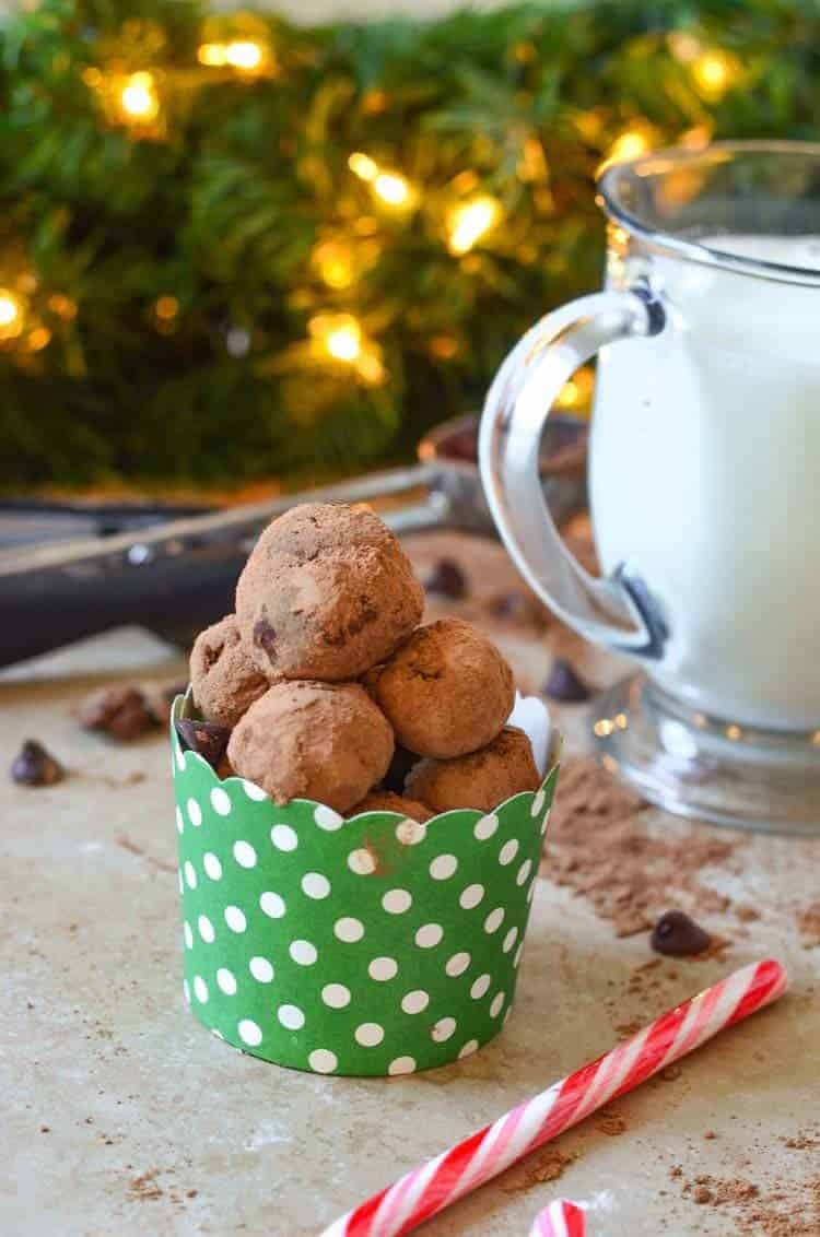 hot-chocolate-truffle-balls