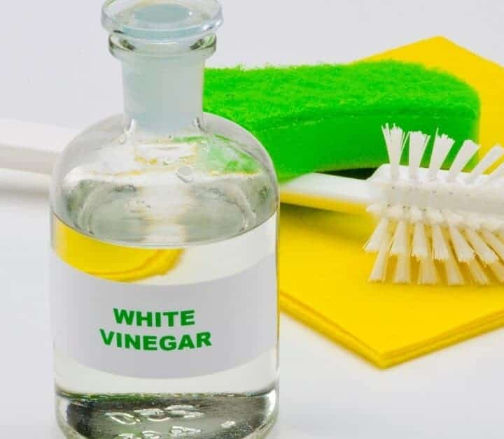 10 Amazing Uses for Vinegar Around the House