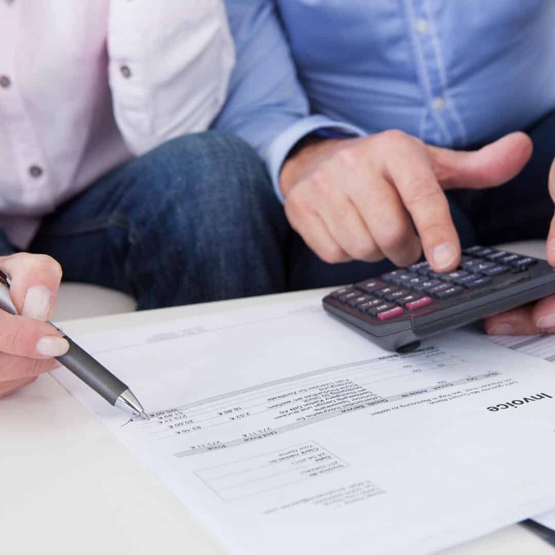 How Can Couples Split Their Money and Repay Debts Easily?