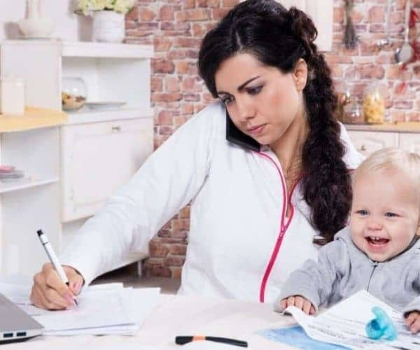 Keep Your Kids Busy so You Can Finally Work on your Blog