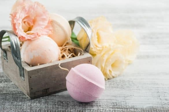 50 Gorgeous Homemade DIY Bath Bomb Recipes