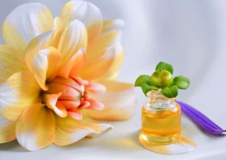 How Essential Oils Benefit your Health and Wellbeing