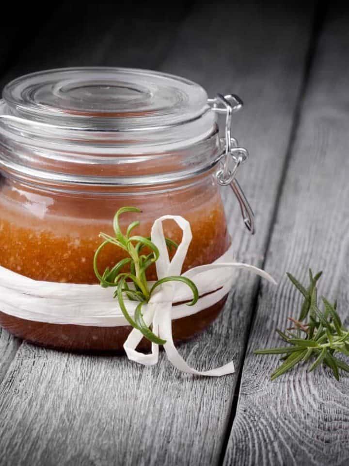 30 Easy to Make DIY Sugar Scrubs For Gorgeous, Glowing Skin