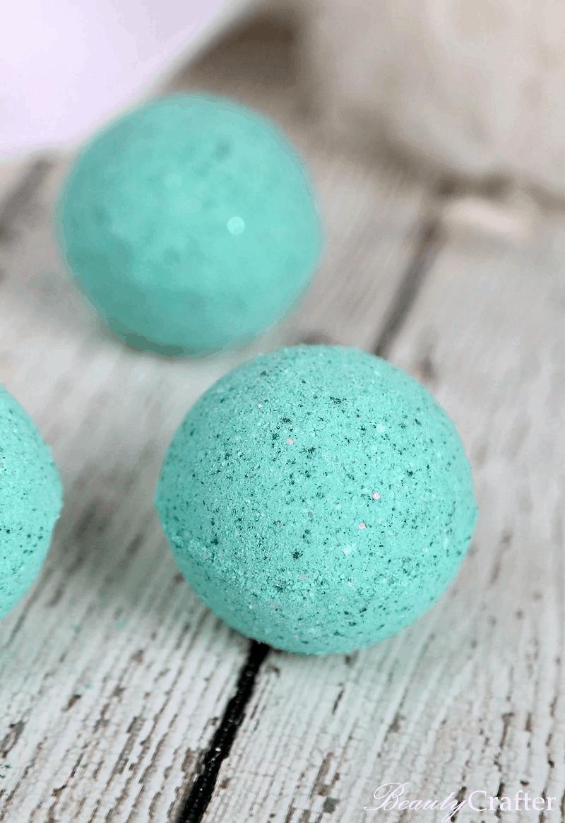 Blue sparkly mermaid bath bombs