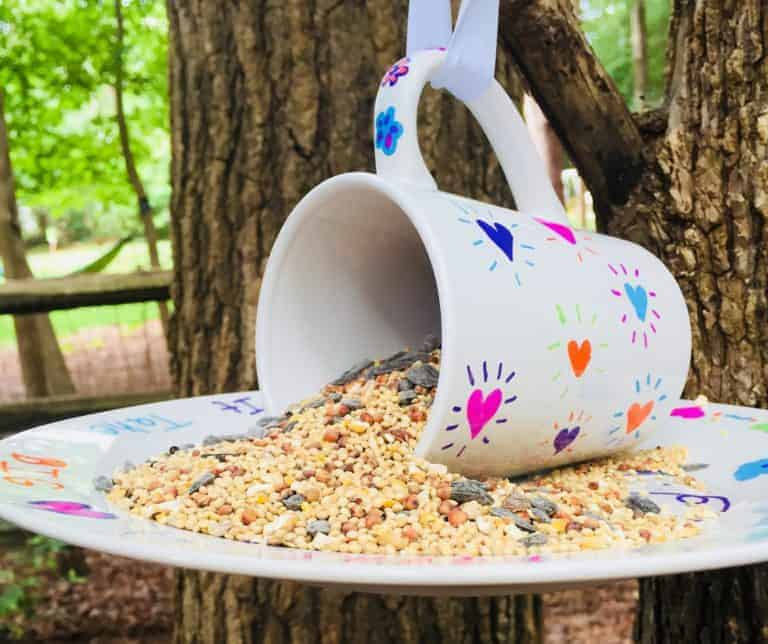 diy mug feeder