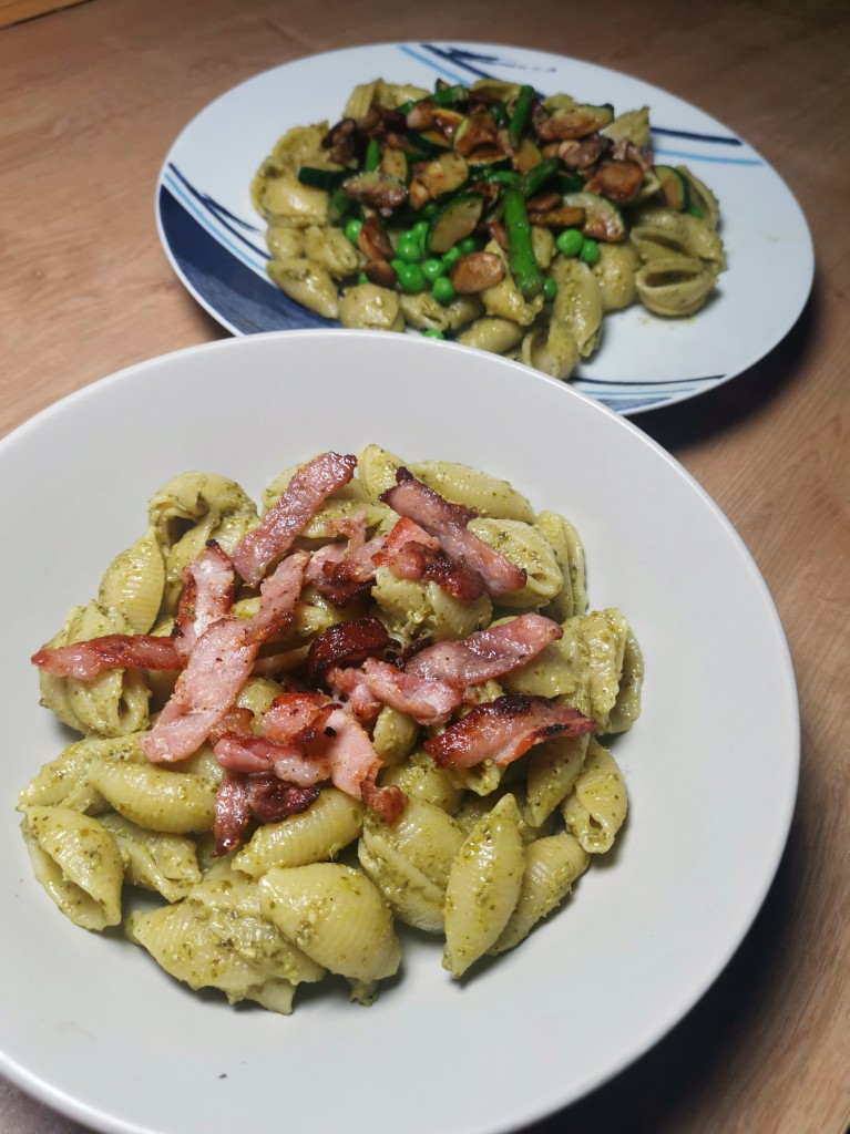Bacon pesto pasta and vegetable pesto pasta - two easy dinner recipes