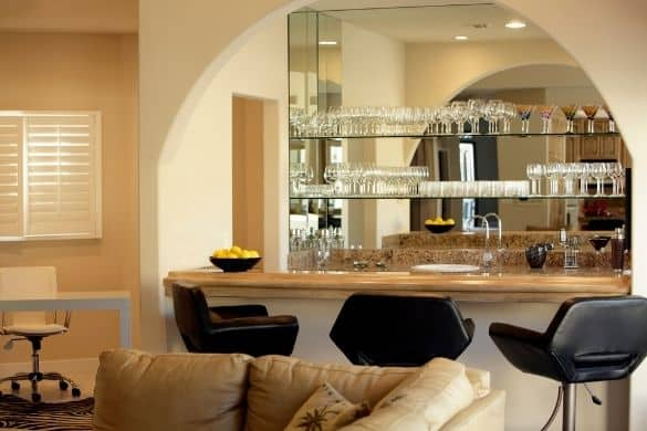 How to Create an Amazing Home Bar