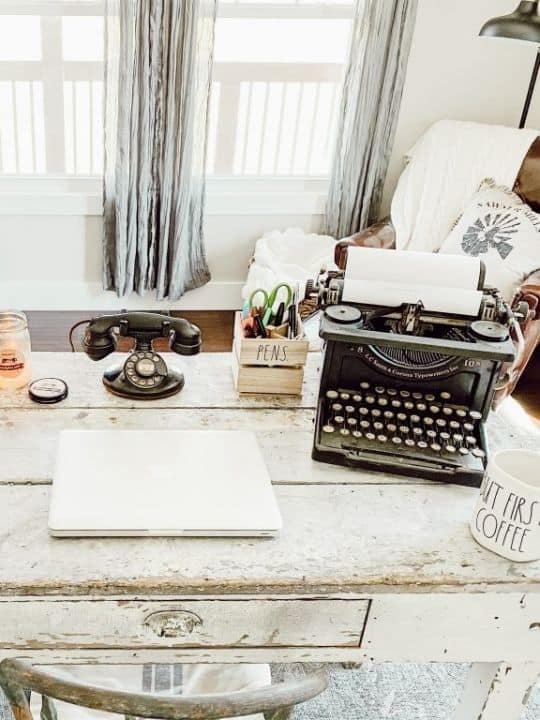 How To Style An Office Space