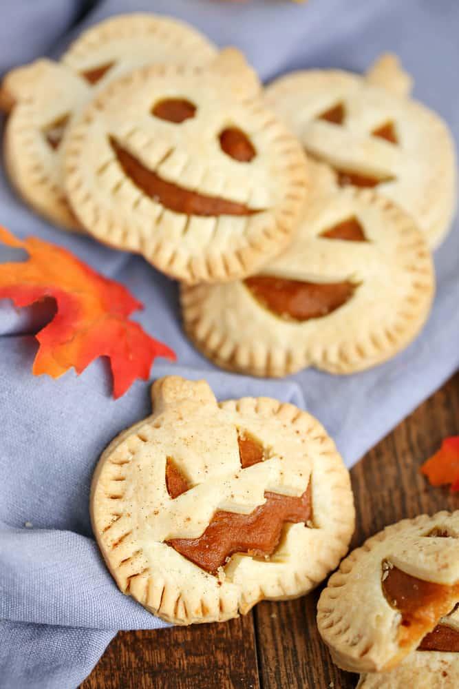 Halloween pie ideas - Jack O' Lantern hand pies