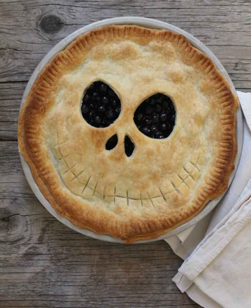 Halloween pie ideas - Jack Skellington pie