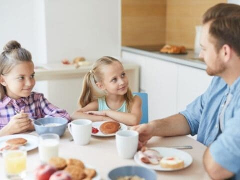5 Breakfast Alternatives To Cereal To Start Your Child's Day