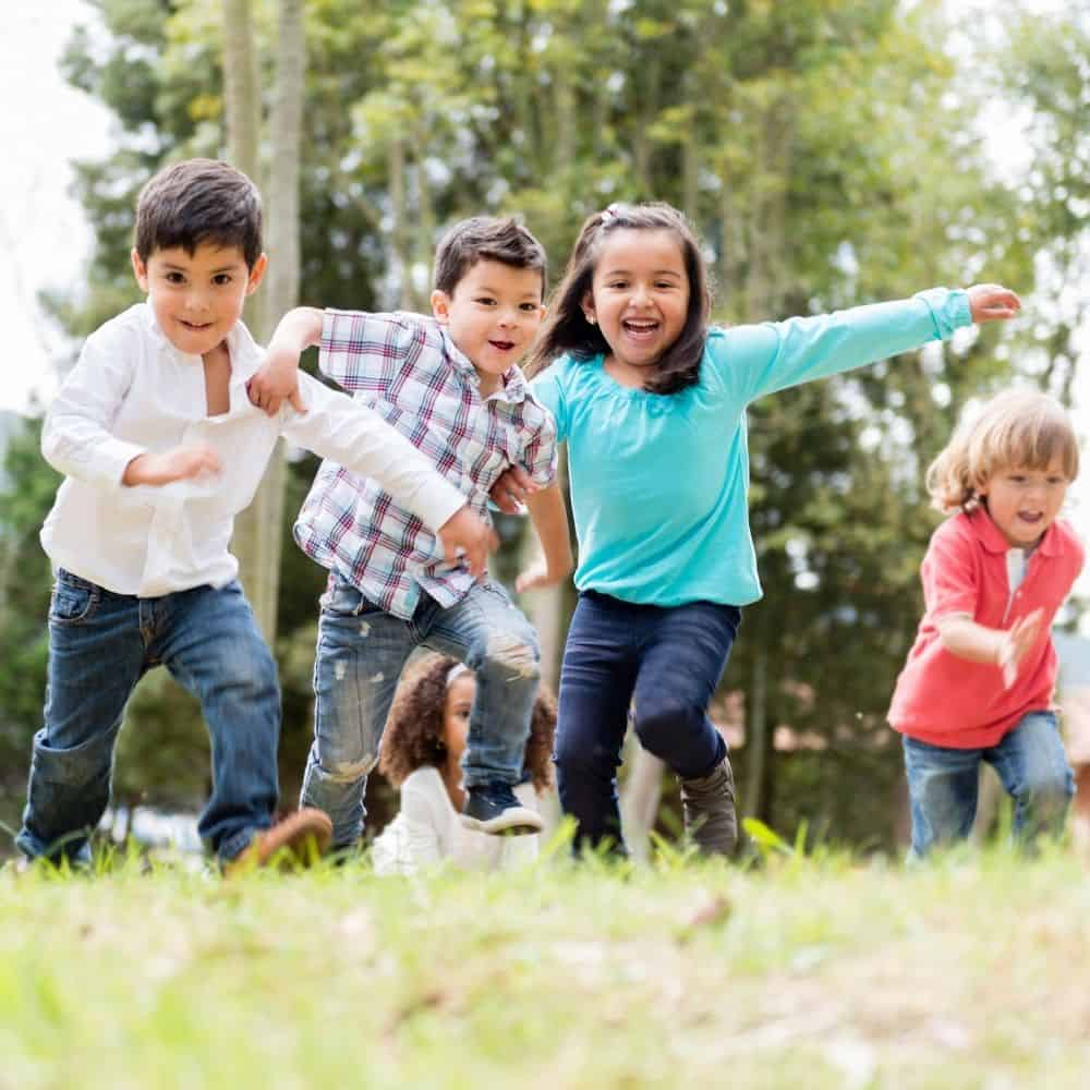 6 Outdoor Games to Keep Your Kids Moving