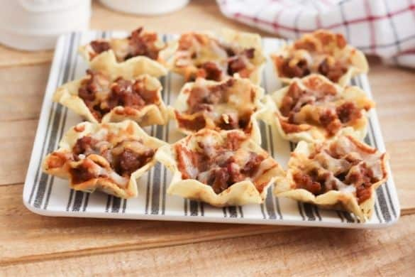 Nacho Cups: Easy Appetizer Idea for a Party