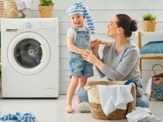 Why Smart Moms Don't Do Laundry Everyday